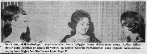 1964_Reykjavikurskakmotid_Menntamalaradherra_skakdrottningar_Audur-Juliusdottir_Gudrun-Thordardottir_Sigthrudur-Steffensen